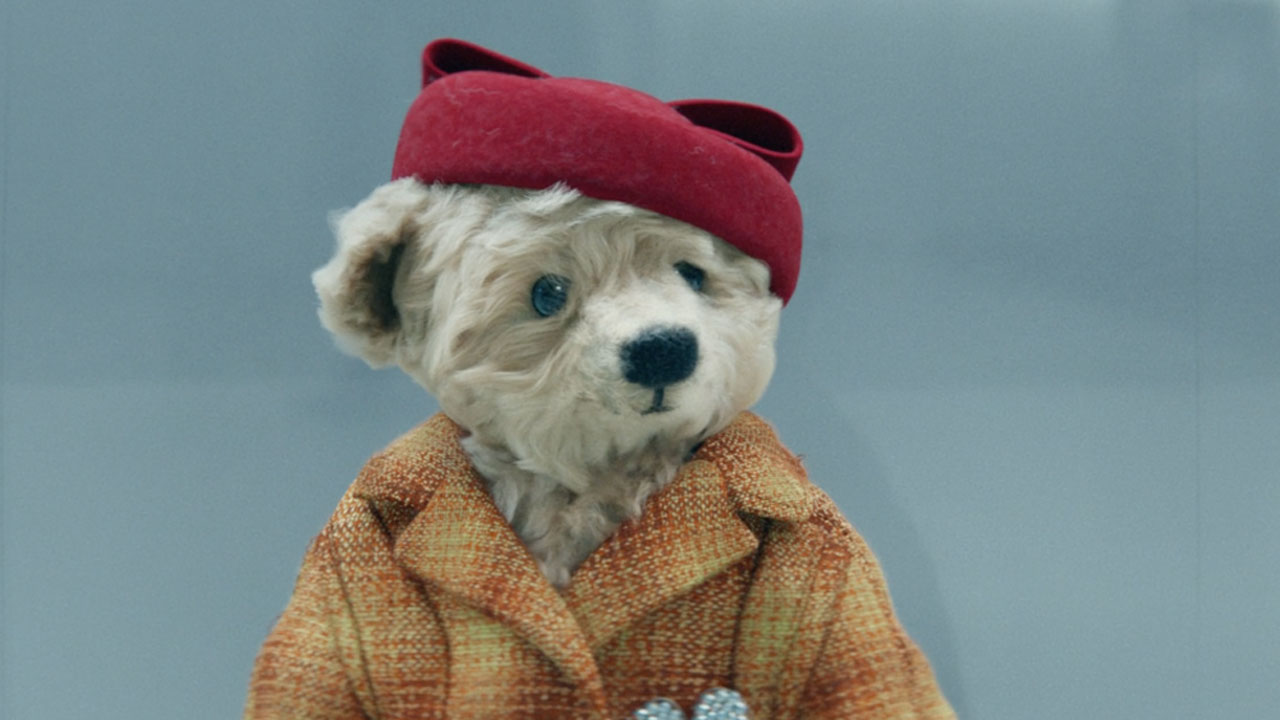 Weary Teddy Bears come home in Heathrow's charming Christmas film
